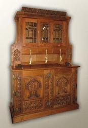 Антикварная мебель и предметы интерьера