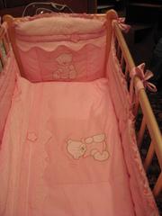 Детская кроватка - продаю.